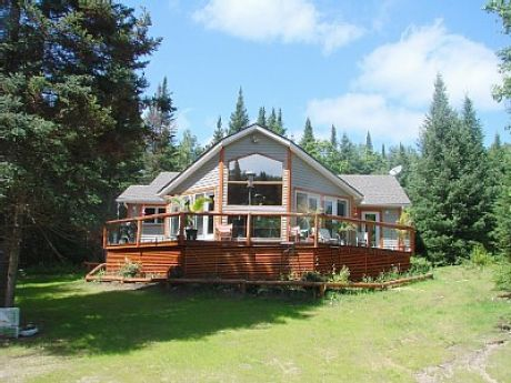 Click to view this cottage rental in Ontario,Canada.