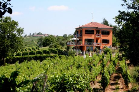 Montecalvo VersiggiaLombardy vacation rental by owner
